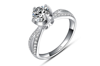 Double-Channel-Ribbon-Solitaire-Engagement-Ring