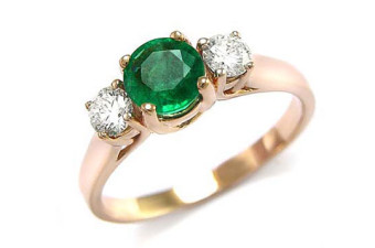 Triple-Crown-Emerald-Ring